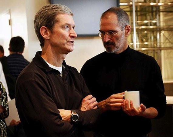 Tim Cook und Steve Jobs © Flickr/thetaxhaven